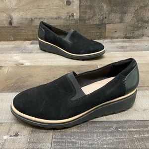 Clarks Collection Women's Black Wedge Loafers 8